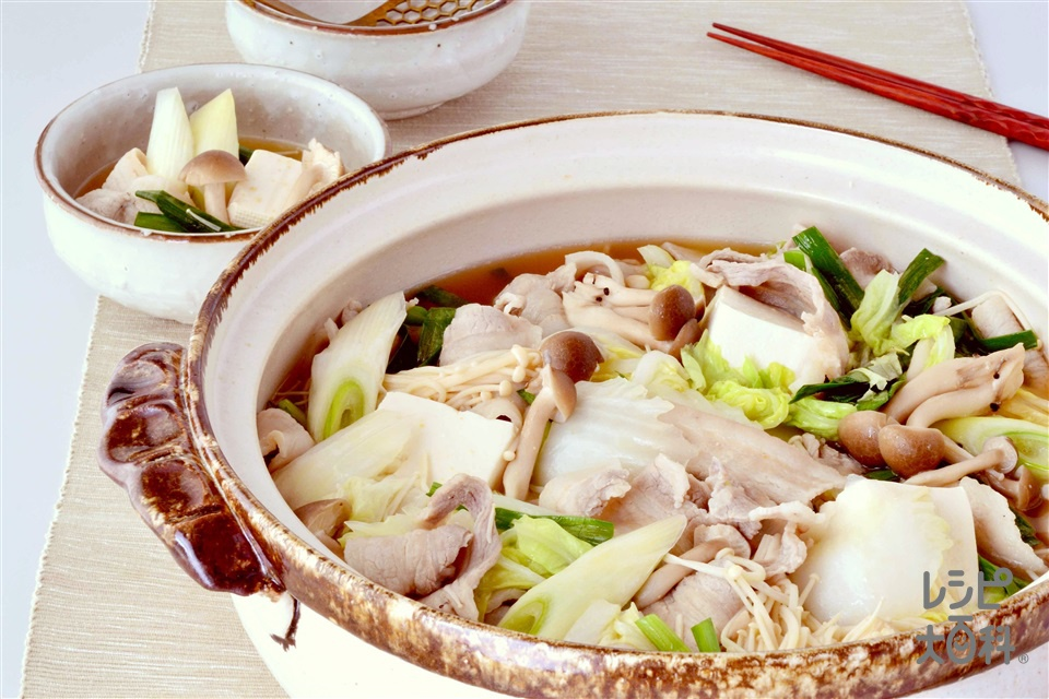 みそちゃんこ鍋(豚バラ薄切り肉+木綿豆腐を使ったレシピ)