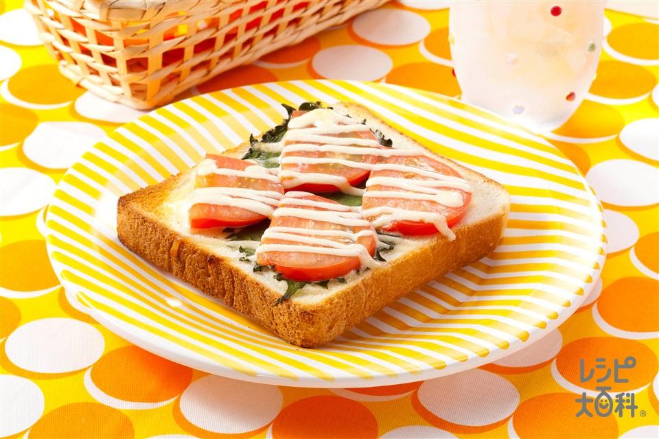 トマトマヨトースト(食パン6枚切り+トマトを使ったレシピ)