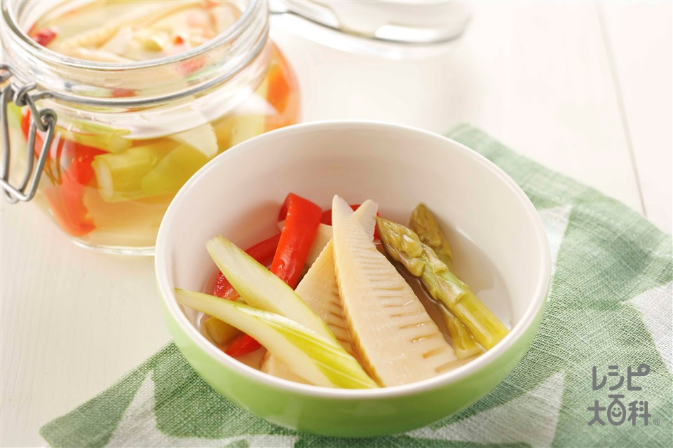春野菜のピクルス(ゆでたけのこ+グリーンアスパラガスを使ったレシピ)