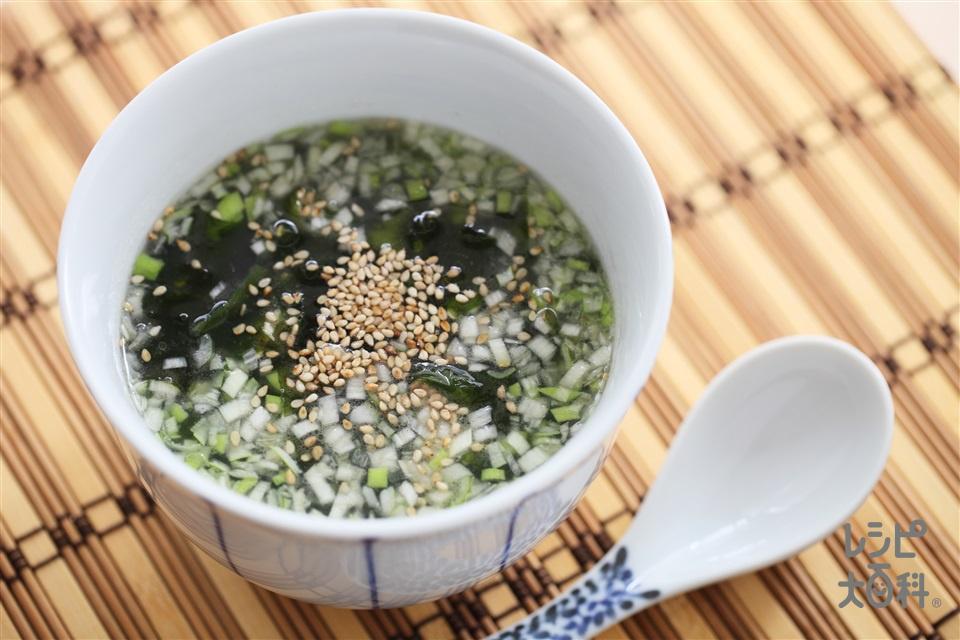 わかめスープ(カットわかめ(乾)+ねぎのみじん切りを使ったレシピ)