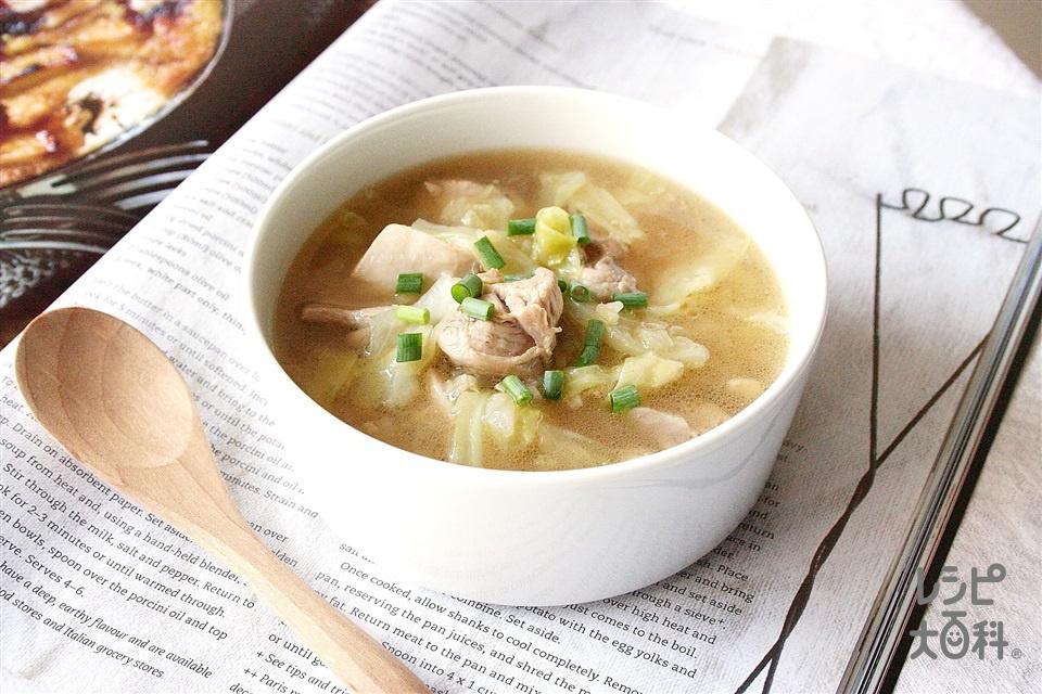 鶏とキャベツの和風しょうがスープ(鶏もも肉+キャベツを使ったレシピ)