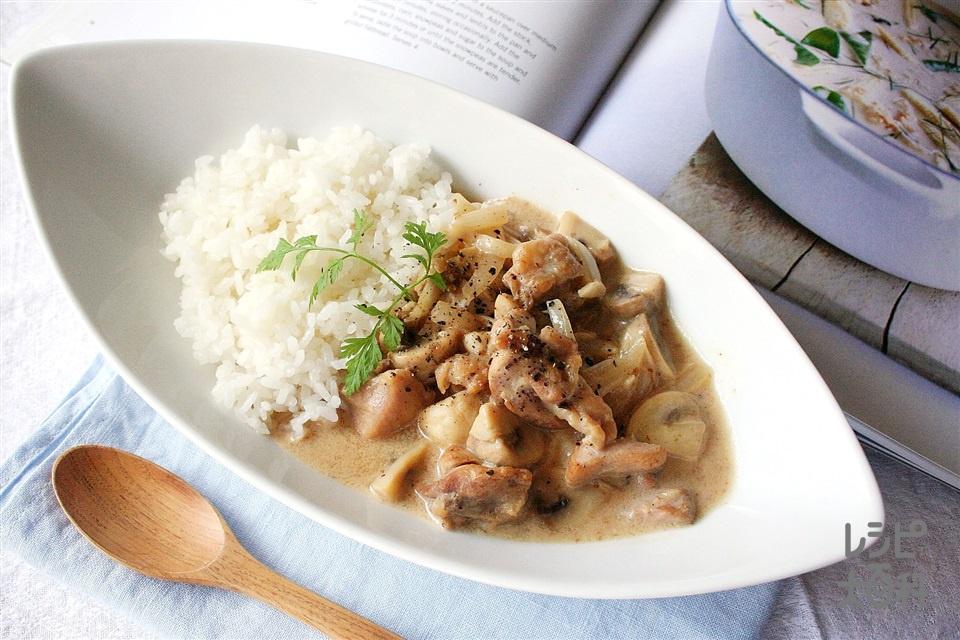 チキンとマッシュルームのクリーム煮(鶏もも肉+A「瀬戸のほんじお」を使ったレシピ)