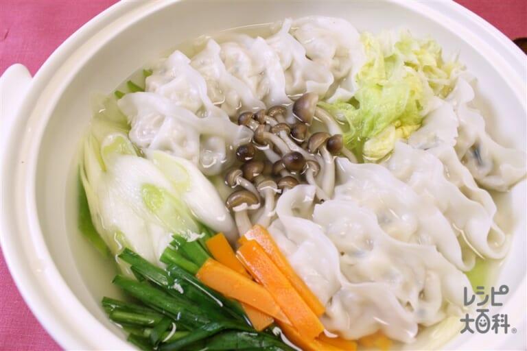 丸鶏スープ餃子鍋
