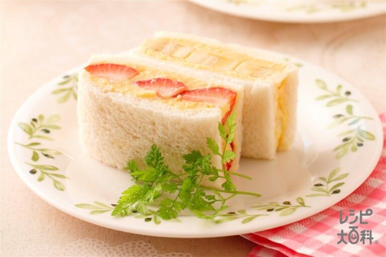 カスタードサンドイッチ