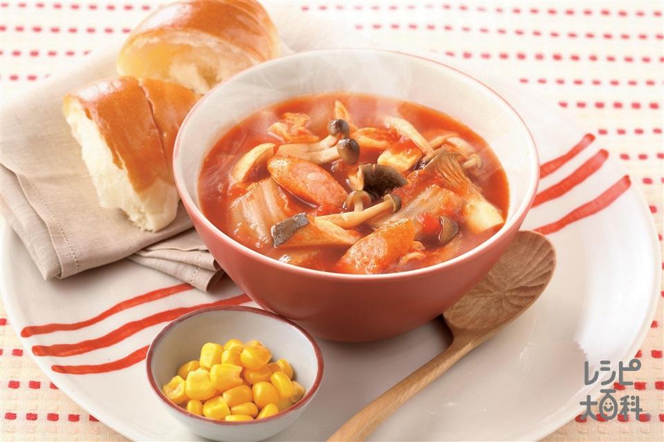 お鍋の野菜が朝食に!きのこと白菜のトマトコンソメスープ(白菜+トマト水煮缶を使ったレシピ)