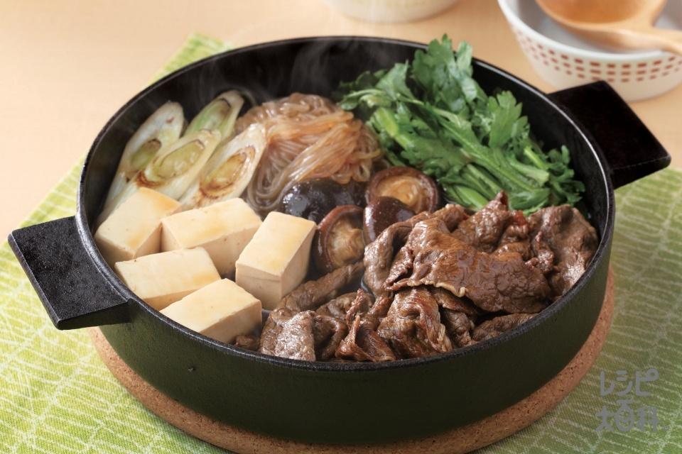 すき焼き(牛ももすき焼き用肉+絹ごし豆腐を使ったレシピ)