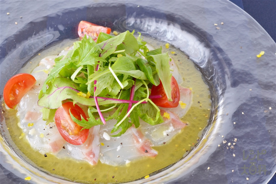 鯛の塩麹カルパッチョ(たい(刺身)+ミニトマトを使ったレシピ)