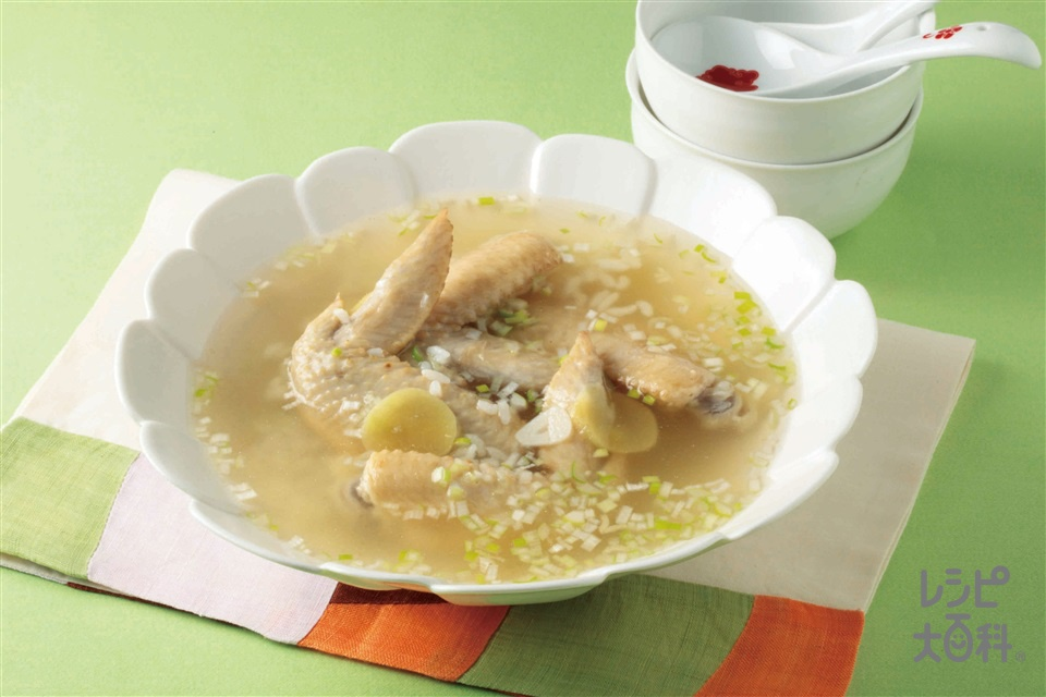 手作りカンタンサムゲタン(鶏手羽先+ご飯を使ったレシピ)