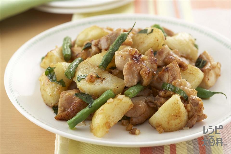 鶏肉とじゃがいものガーリック炒め(鶏もも肉+じゃがいもを使ったレシピ)
