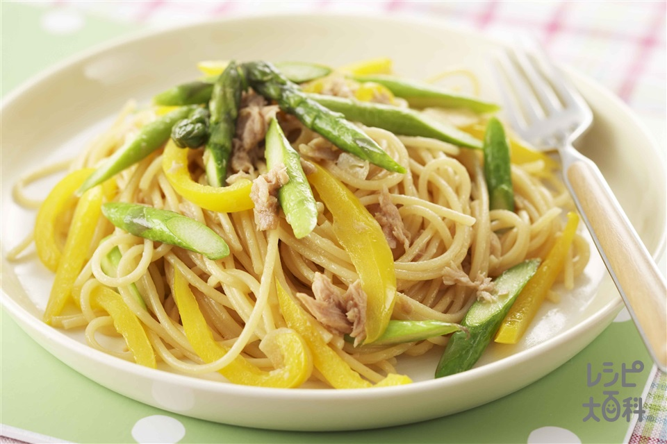 アスパラとツナの和風パスタ(スパゲッティ+グリーンアスパラガスを使ったレシピ)