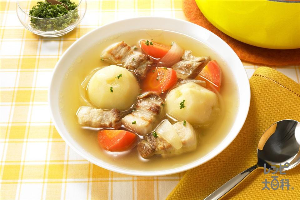 とんじゃがスープ(豚バラかたまり肉+じゃがいもを使ったレシピ)