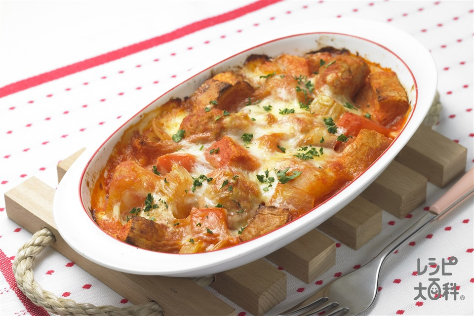 ナイス リメイク!鶏だんごのパングラタン(パン+ピザ用チーズを使ったレシピ)