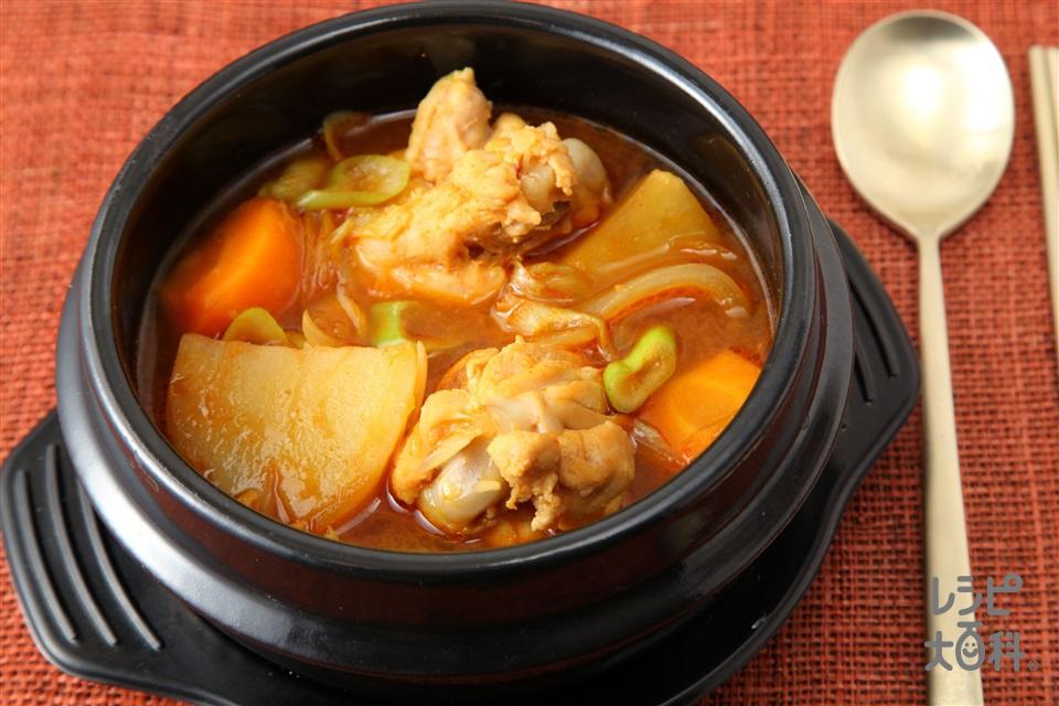 タットリタン(韓国風鶏肉じゃが)(鶏手羽元+じゃがいもを使ったレシピ)