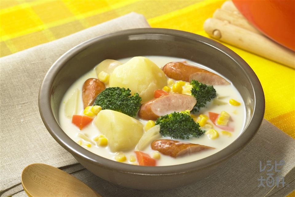 ソーセージとじゃがコーンのミルクスープ(じゃがいも+牛乳を使ったレシピ)