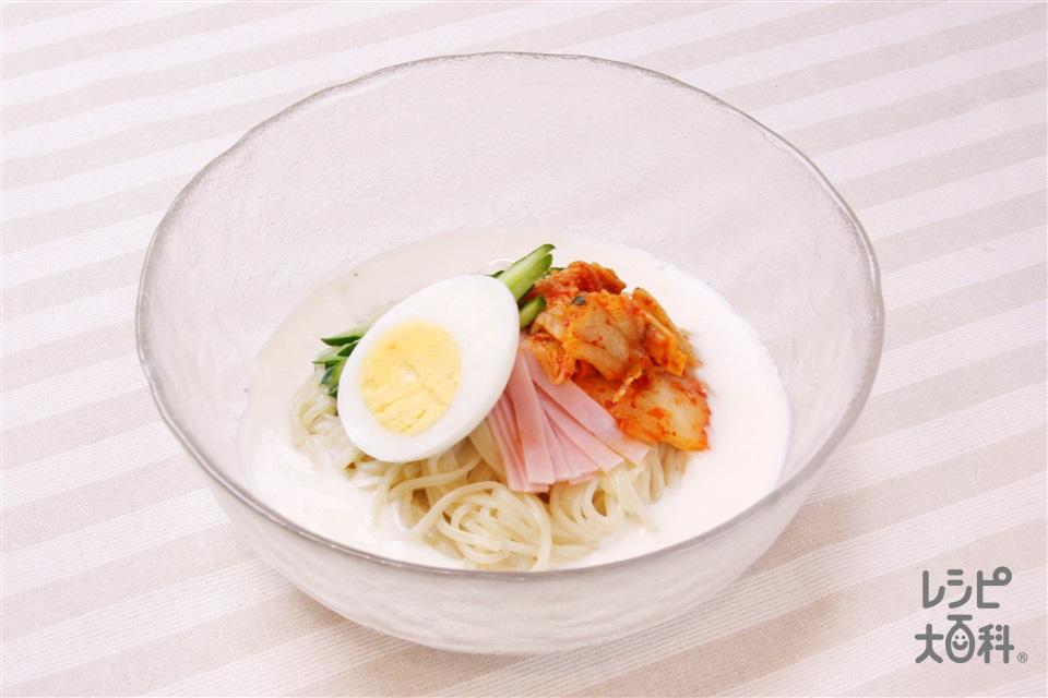 じゃがいもスープの冷麺(冷めん+牛乳を使ったレシピ)