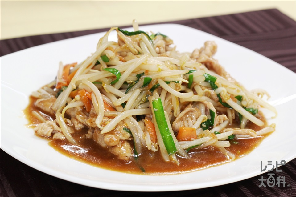もやしチンジャオロウスー(豚もも薄切り肉+袋入りカット野菜(にらもやしミックス)を使ったレシピ)
