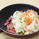 たっぷり野菜とポークランチョンミート炒めの作り方_1_0