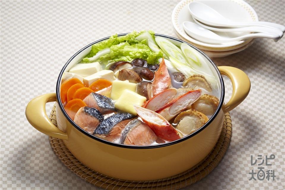 海鮮塩バター鍋(生ざけ+白菜を使ったレシピ)