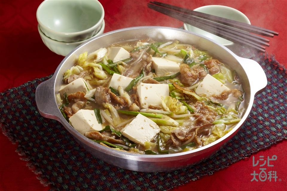 豚肉とキャベツのごま炒鍋(豚バラ薄切り肉+木綿豆腐を使ったレシピ)