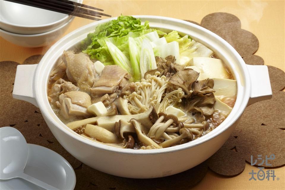 Wだしきのこ鍋(鶏もも肉+しめじを使ったレシピ)