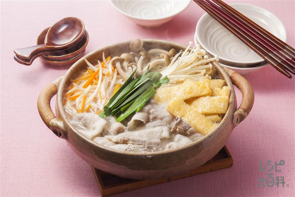 豚もやしの鶏だし鍋(豚バラ薄切り肉+もやしを使ったレシピ)