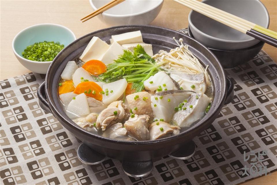 鶏とたらのうま塩鍋のレシピ・作...