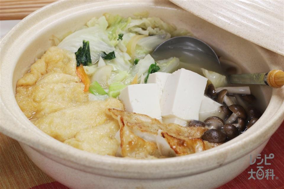 パパッと♪鶏だし・うま塩鍋(袋入りカット野菜(キャベツミックス)+木綿豆腐を使ったレシピ)
