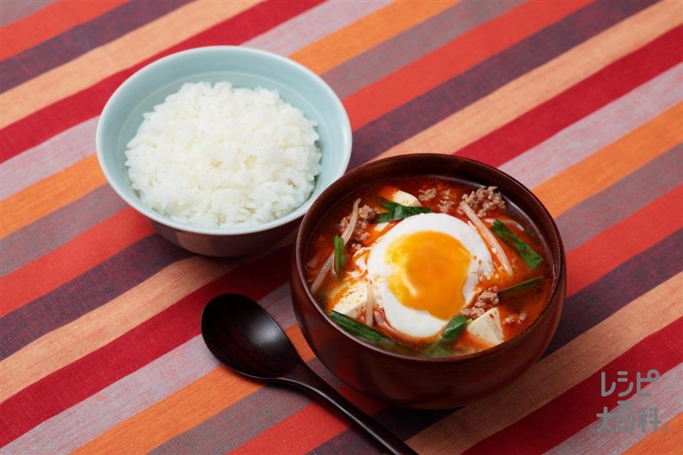 とろ玉ひき肉のスンドゥブ風絶品汁(豚ひき肉+木綿豆腐を使ったレシピ)