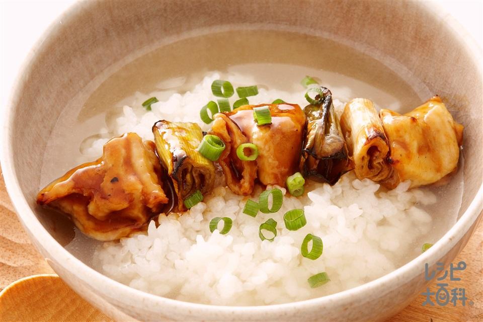 焼き鳥スープかけごはん(ご飯+焼き鳥を使ったレシピ)