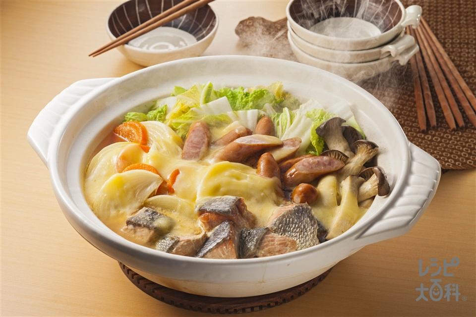 みそチーズ鍋(さけ+ウインナーソーセージを使ったレシピ)