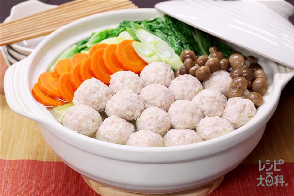 鶏だんご鍋(鶏ひき肉+「丸鶏がらスープ」を使ったレシピ)