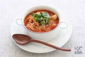 豚とコンソメトマトのスープかけごはん