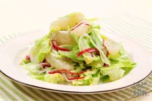 グレープフルーツと春キャベツのコールスロー風サラダ