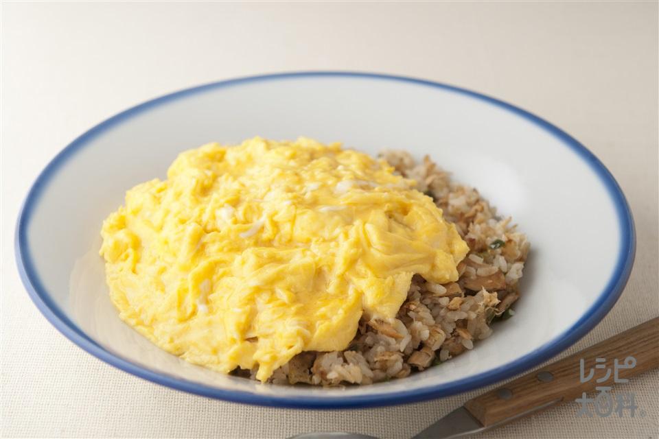 和風ツナチャーハン(温かいご飯+卵を使ったレシピ)