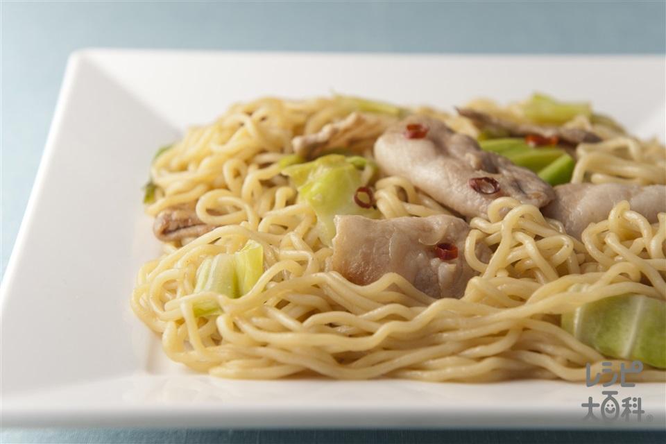 ピリ辛焼きそば(焼きそば用蒸しめん+豚バラ薄切り肉を使ったレシピ)