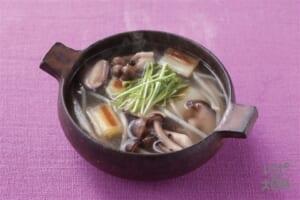 きのこと焼きねぎの香味スープ