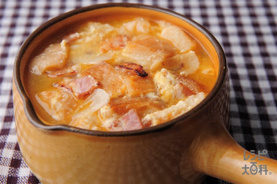 にんにくスープ(ベーコンスライス+バゲットを使ったレシピ)