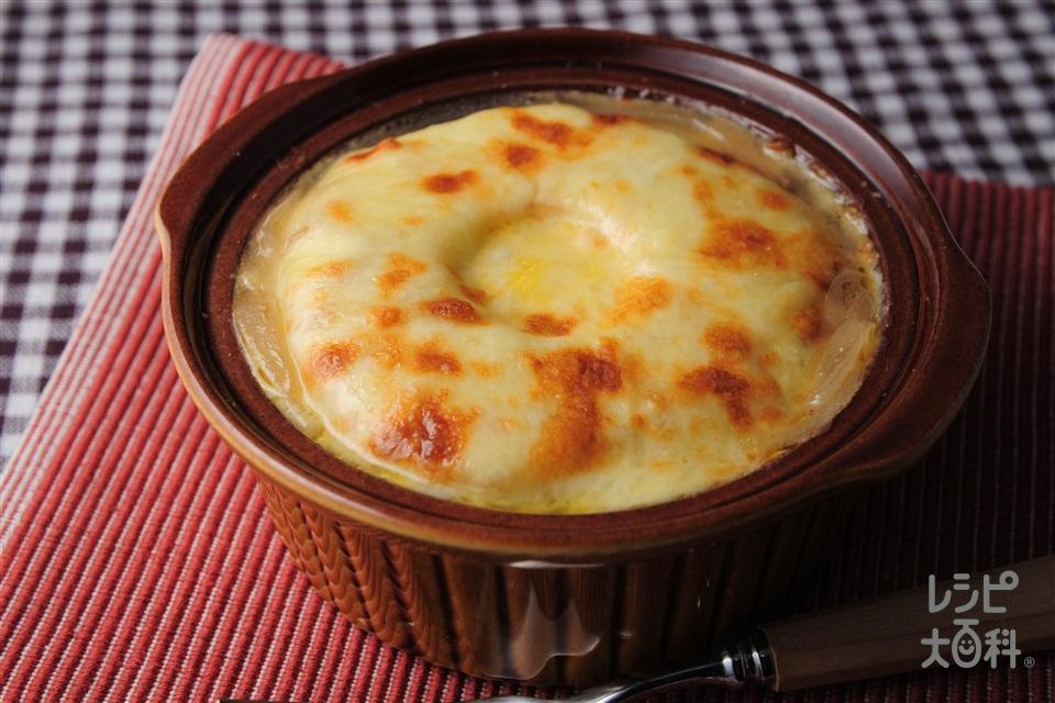 「ほんだし」の和風オニオングラタンスープ(玉ねぎ+ピザ用チーズを使ったレシピ)