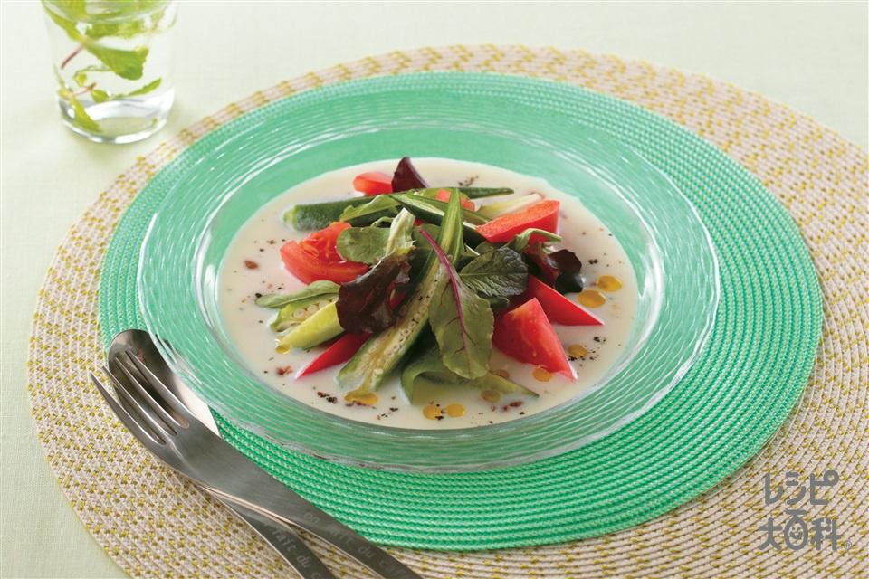 スープのバーニャカウダ風サラダ(トマト+きゅうりを使ったレシピ)