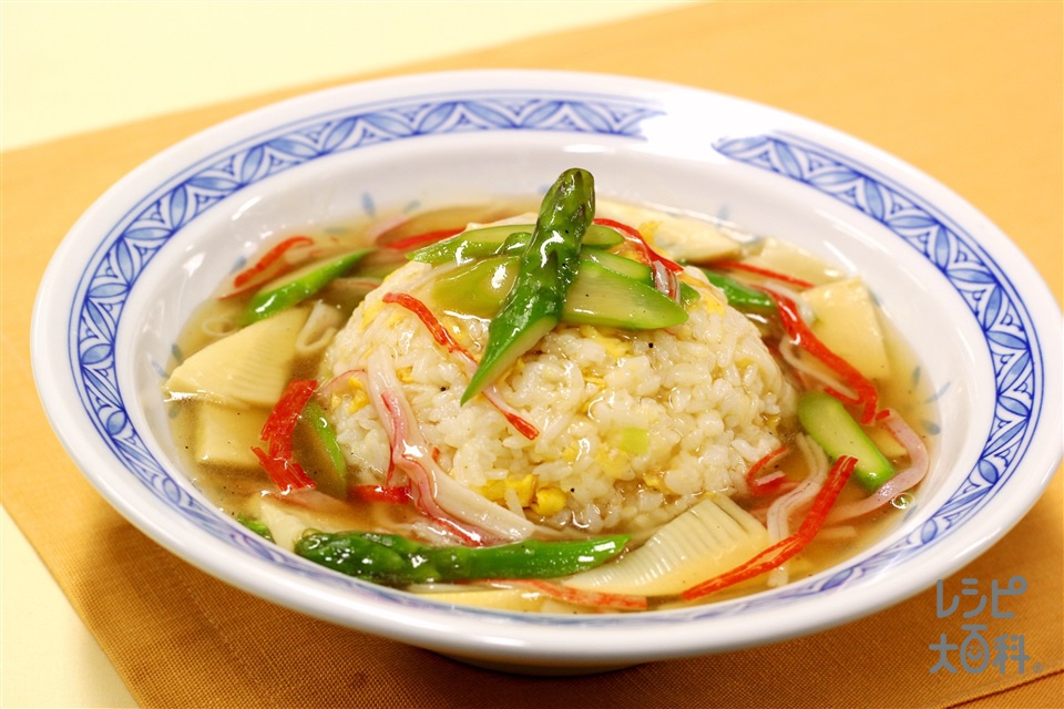アスパラとたけのこのあんかけチャーハン(グリーンアスパラガス+ご飯を使ったレシピ)