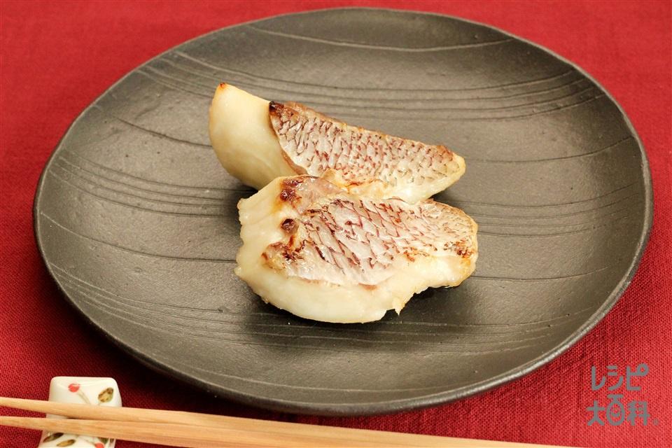 鯛の塩麹焼き(たい+砂糖を使ったレシピ)