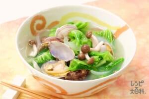 あさりと春キャベツのスープ