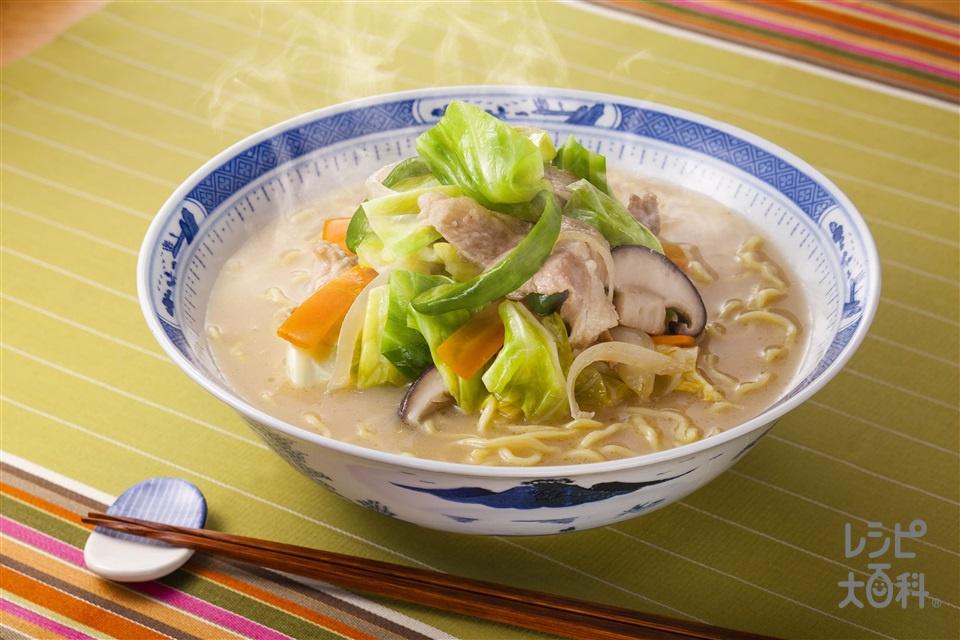 ちゃんぽん風ラーメン(中華めん+豚こま切れ肉を使ったレシピ)