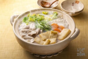 鶏と水菜の柚子白湯鍋
