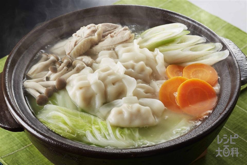 鶏だしうま塩ギョーザ鍋(鶏もも肉+白菜を使ったレシピ)
