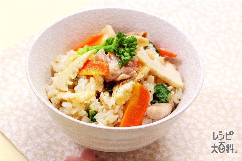 たけのこと菜の花の五目ごはん(米+鶏もも肉を使ったレシピ)