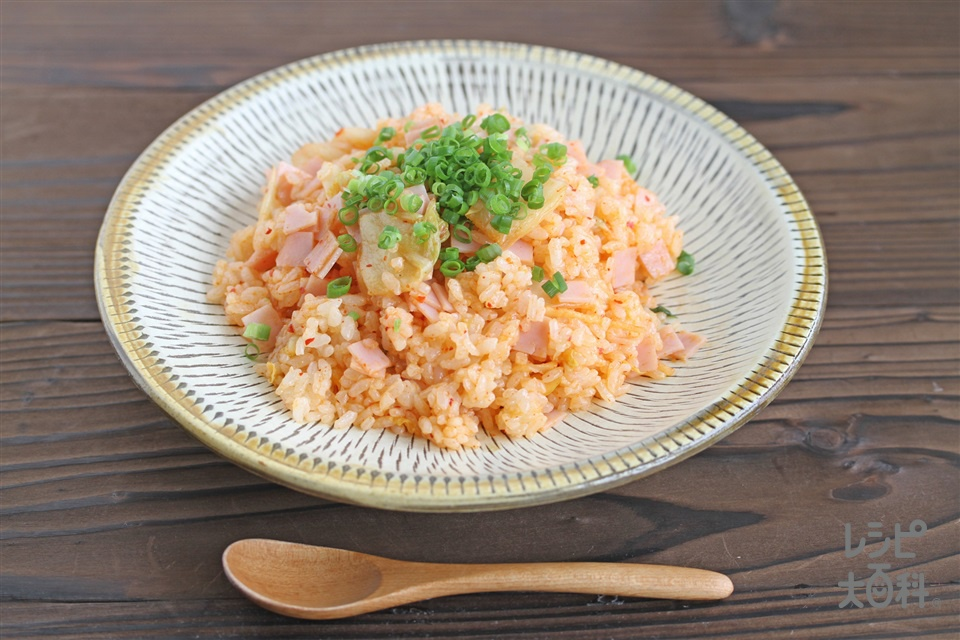 レンジでキムチチャーハン(ご飯+白菜キムチを使ったレシピ)