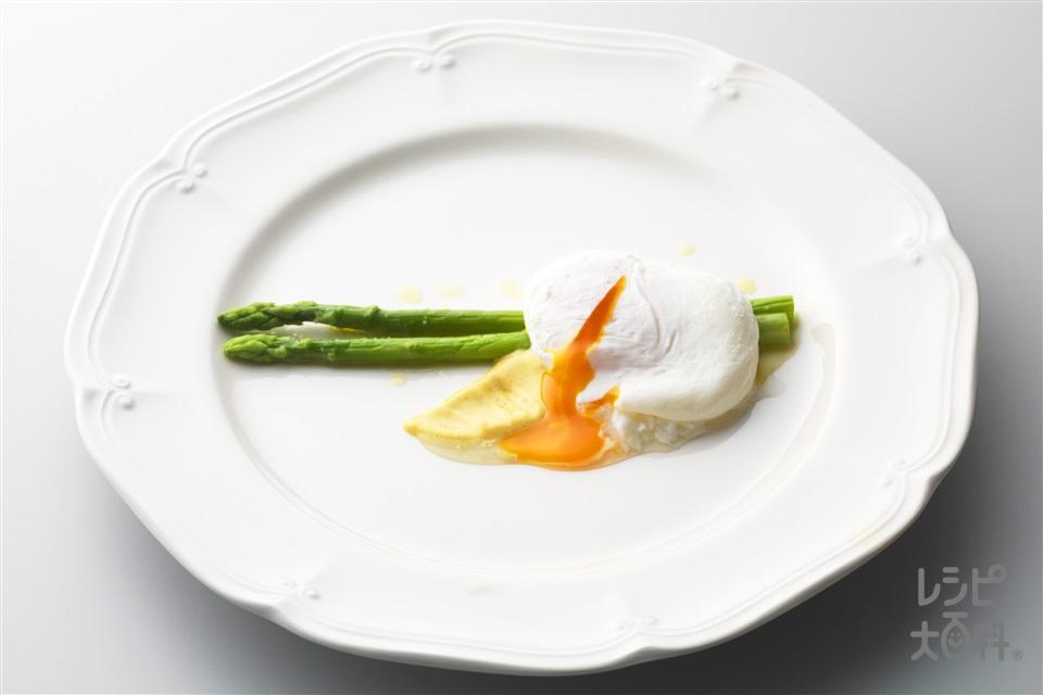 簡単ポーチドエッグ(卵+グリーンアスパラガスを使ったレシピ)