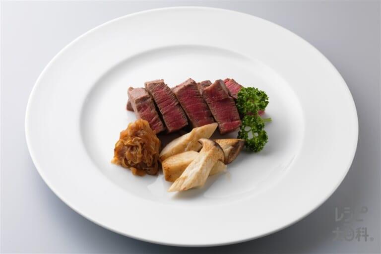 牛赤みステーキ