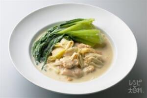 鶏肉とチンゲン菜の豆乳煮